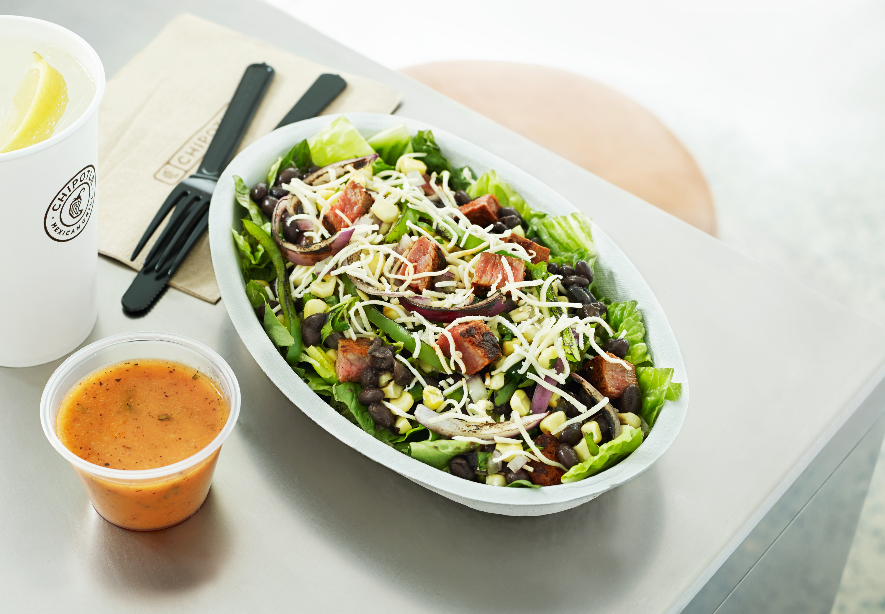 What 8 Nutritionists Order at Chipotle