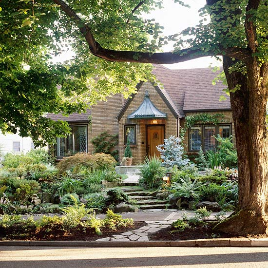 17 Small Front Yard Landscaping Ideas To Define Your Curb: TRECOS E CACARECOS: O VERDE DOS JARDINS