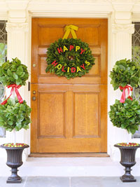 Happy Holidays Pine Wreath