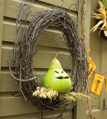 Twig wreath with carved pear