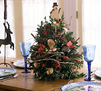 Boxwood Christmas Tree Centerpiece