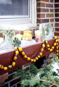 Simple Garland Window Box