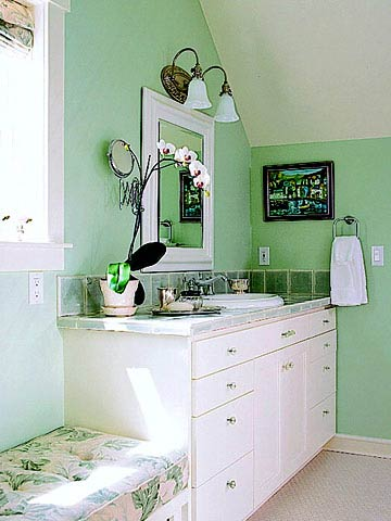 Decor to adore mint green it s not just for ice cream for Mint green bathroom ideas