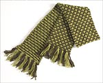 Green checked knit scarf