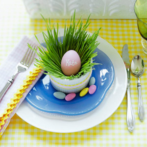 Egg place card, Blue Plate