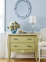 Bombay chest green