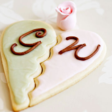 Party Favors, Heart Cookies with Monogram