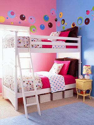 White bunk beds in dot theme room