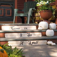Entry steps decorated with Halloween saying