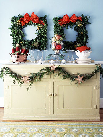 Christmas Decorations, Buffet table, Square Wreathes
