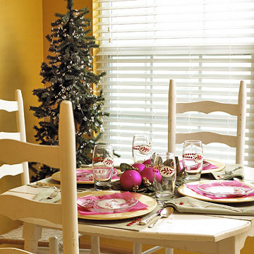 pink holiday place setting
