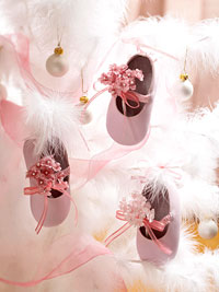 baby shoe ornaments