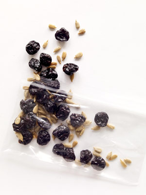 pack of raisins