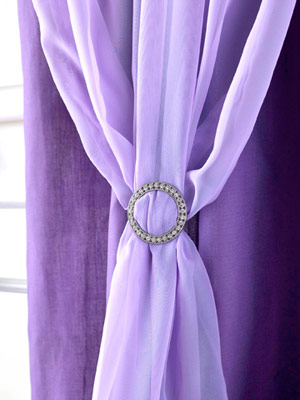 purple flowy panel detail