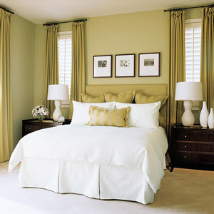 lime green walls and white bedding