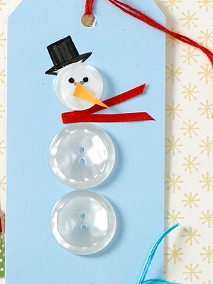 Christmas gift tag, button snowman