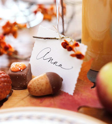 Thanksgiving name place card with acorn