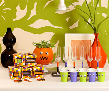 Halloween glasses and treats
