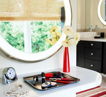 vanity with makeup tray