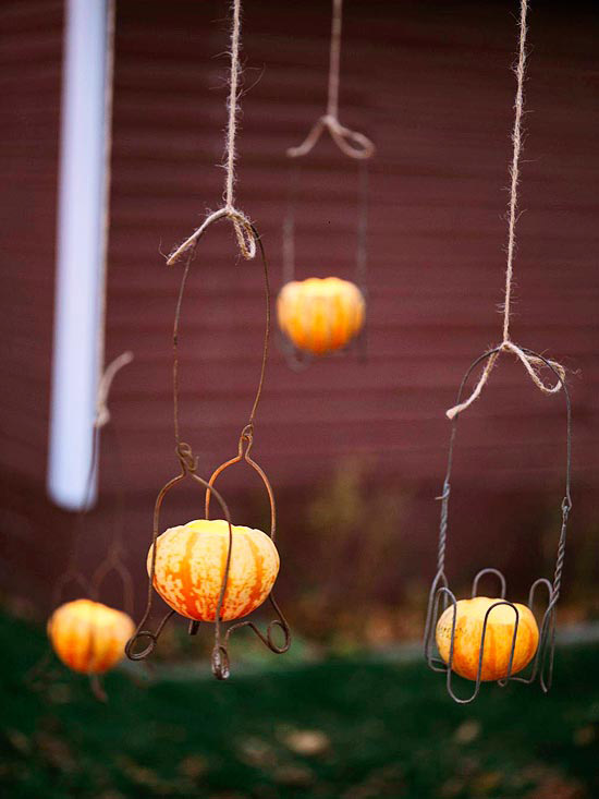 Wire pumpkin lanterns