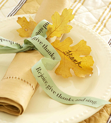 Napkin with word ribbon