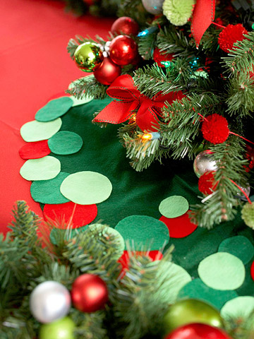 tree skirt, christmas tree skirt, homemade christmas tree skirt, handmade christmas tree skirt, easy christmas tree skirt, DIY christmas tree skirt