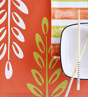 Orange place mat and napkins