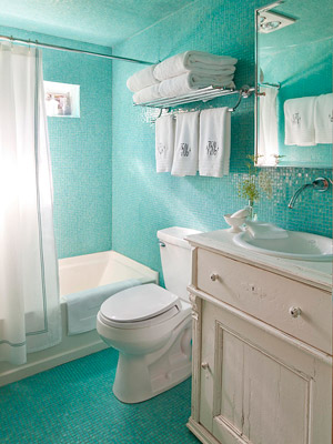 Aqua Tile in Bathroom