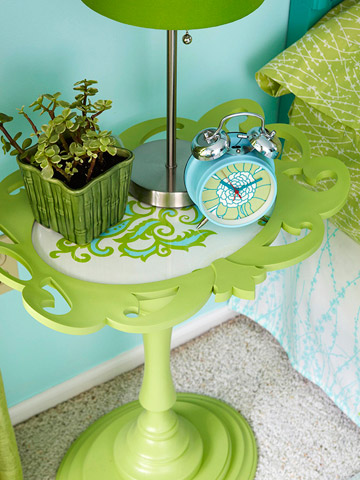 Better Homes and Gardens – Candlestick Side Table