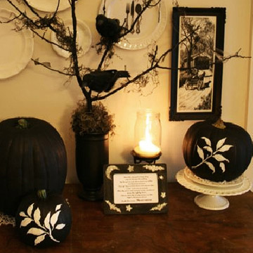 Black & White Pumpkins with Leaves