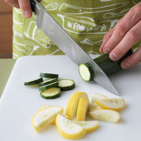 Slicing summer squash