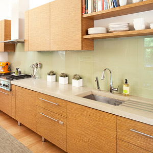 Glass backsplash, kitchen cabinetry