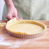 Trimming extra pastry dough