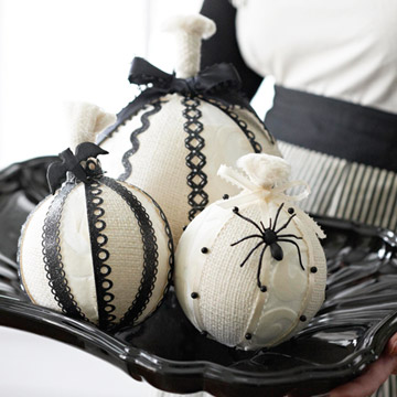 Black and White Yarn Balls