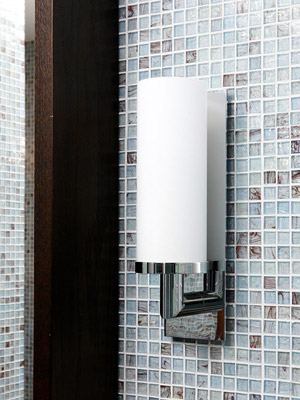 Luxe Lighting in Bathroom