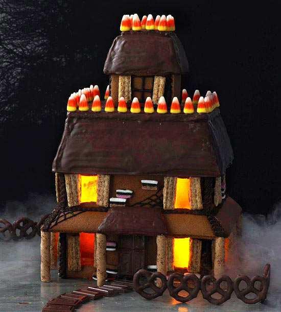 Gingerbread Haunted Halloween House