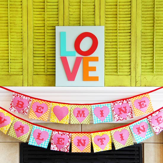 Love Mantel with Valentine?s Heart Banner