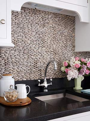 Splashy Backsplash