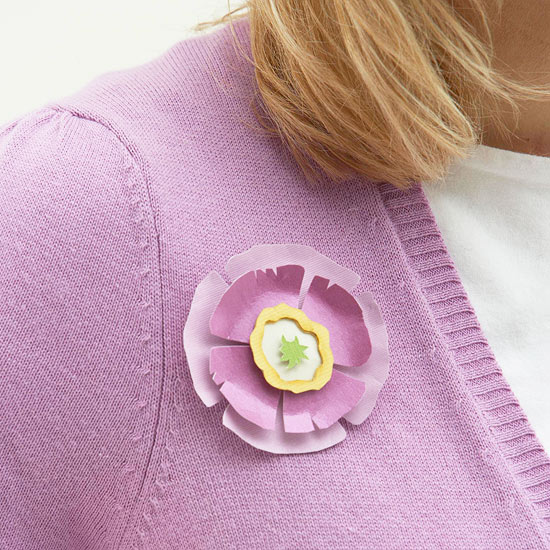 Mother?s Day Paper Pin