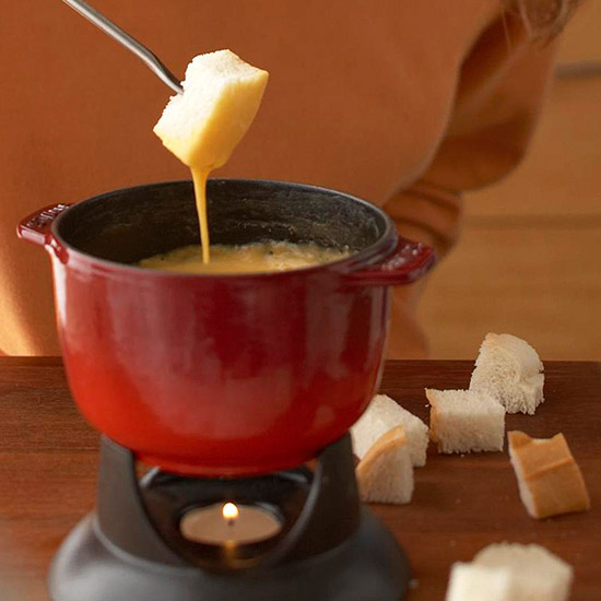 10 Fondue Recipes for Easy Holiday Magic
