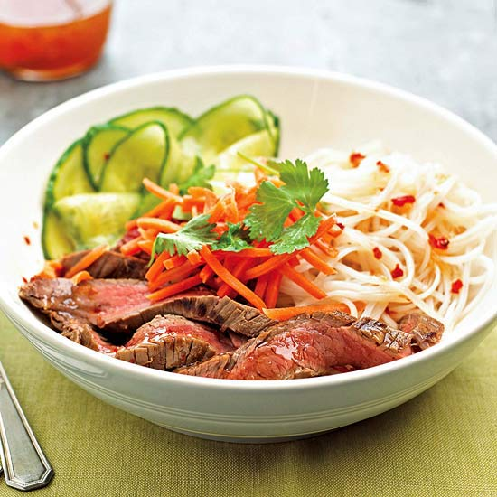 Spicy Beef and Noodle Salad: 30-Minute Meal