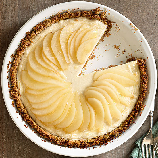 Maple-Pear Cheesecake Pie | Family Circle