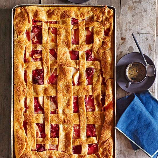 Apple-Raspberry Slab Pie | Family Circle