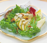 Pear and Blue Cheese-Walnut Salad
