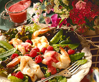 Raspberry-Shrimp Salad