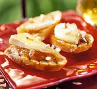 Image of Apricot-almond Bruschetta With Melted Brie, Better Homes and Garden