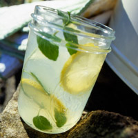 Hit-the-Spot Lemon Water