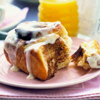 Crowd-Pleaser Cinnamon Rolls