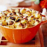 Apple, Bacon, and Leek Bread Pudding