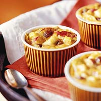 Cinnamon Raisin Apple Indian Pudding